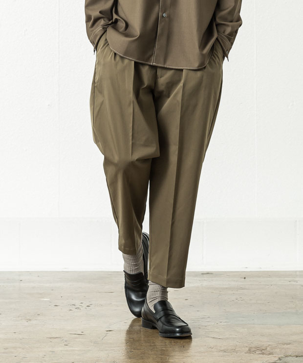 Taslan Vintage Two Tuck Ankle Cut Slacks - KHAKI