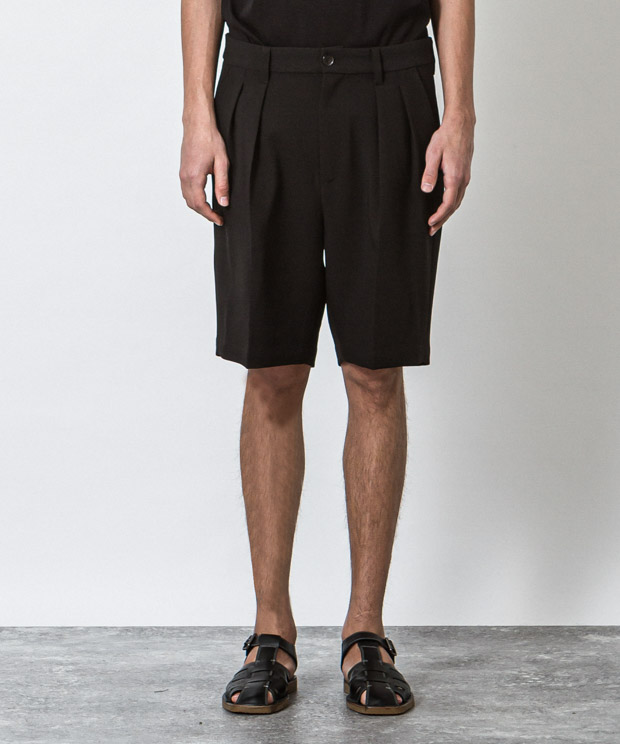 T/R Stretch Double Cloth Two Tuck Short Pants - BLACK