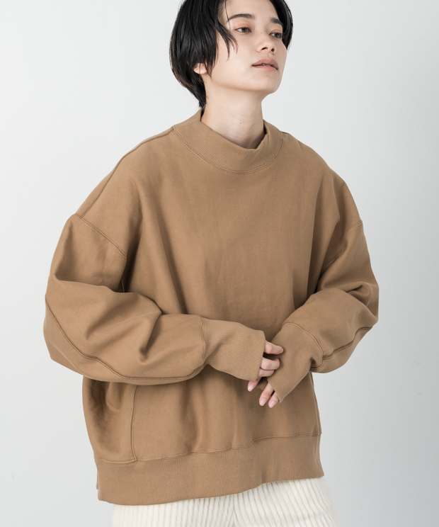 Loose Silhouette High Neck Vintage Sweat - CAMEL