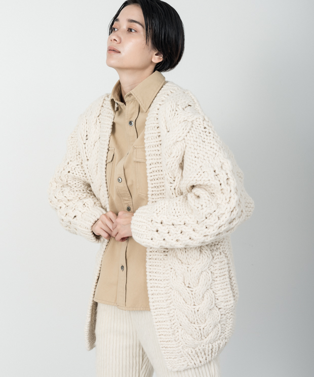 Cable Hand Knit Cardigan - WHITE