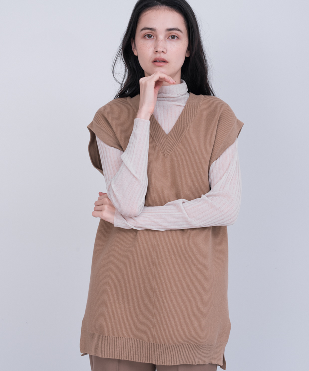 Long Knit Vest - CAMEL