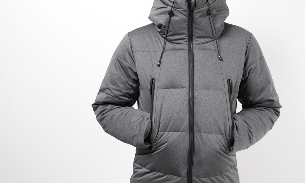 STRETCHABLE DOWN-FILLED JACKET