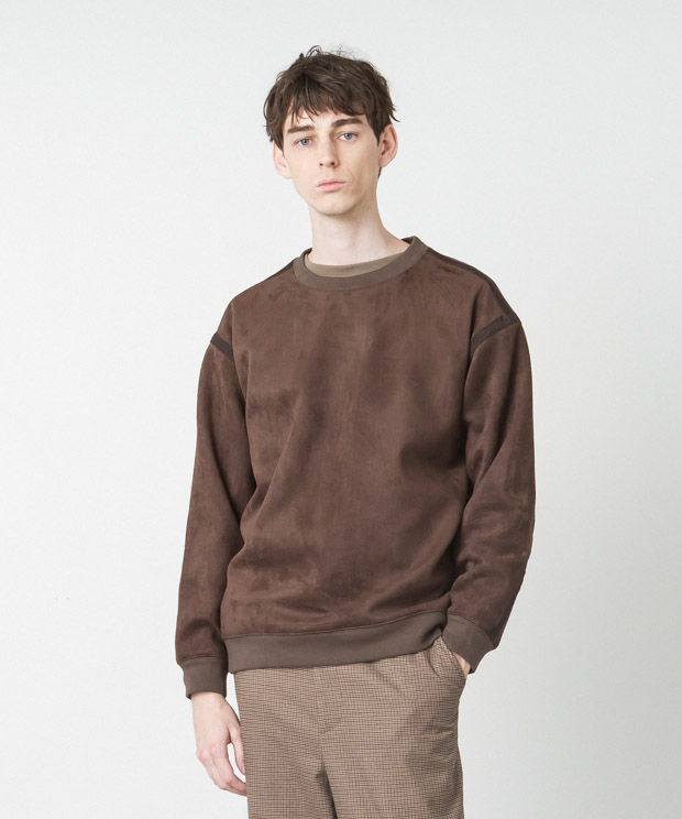 [19AW先行予約販売] Stretch Faux Suede Piping Pullover - BROWN