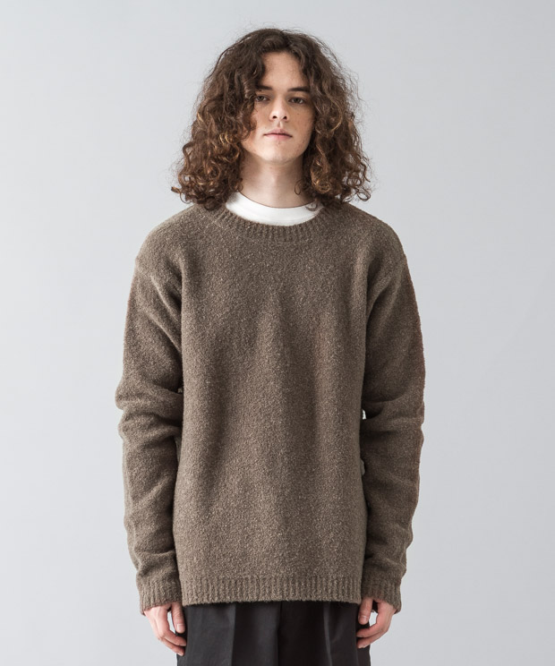 Stretch Boucle Crewneck Knit - BROWN