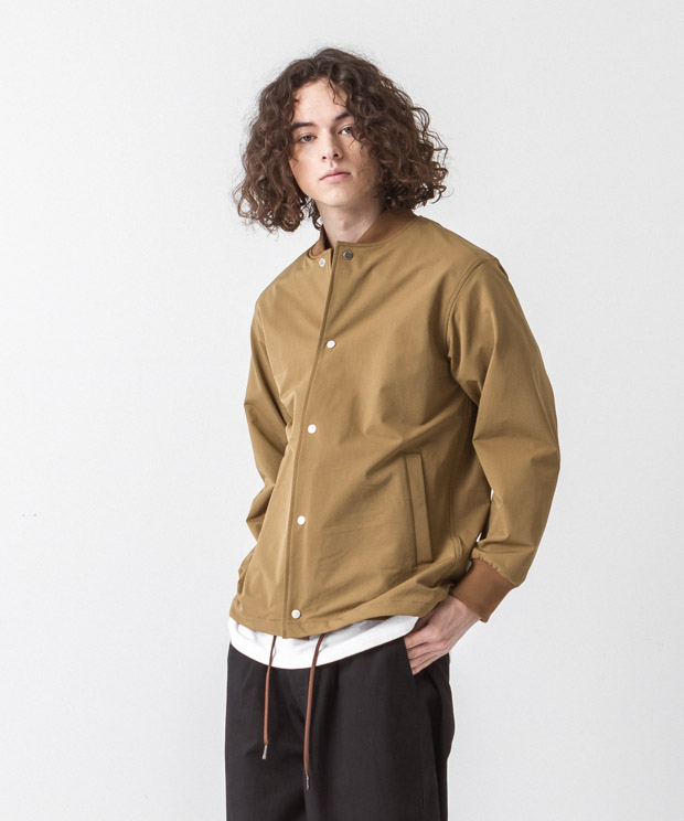 Back Pique Coach Jacket - BEIGE