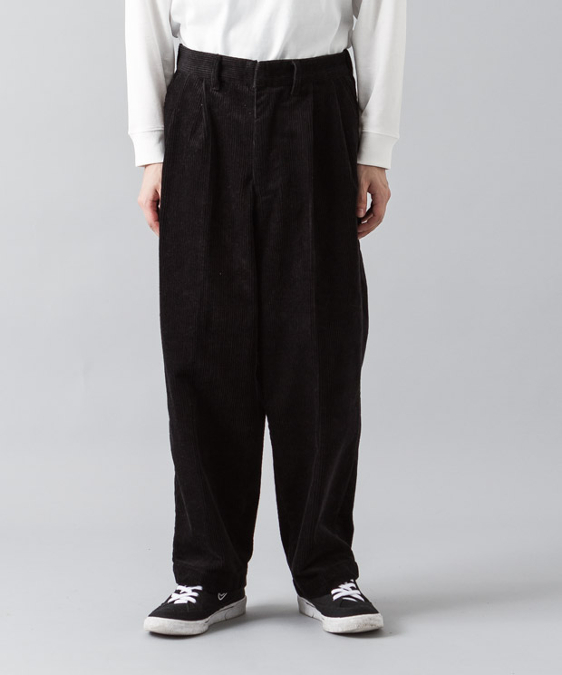 2Tucked 8Wale Corduroy Wide Pants - BLACK