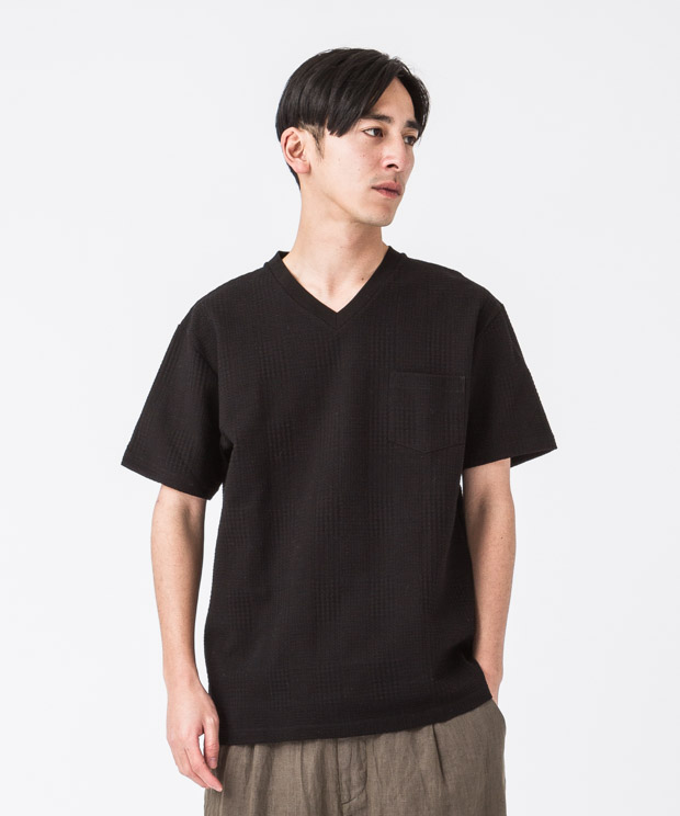 Glencheck Links V-Neck T-Shirt - BLACK