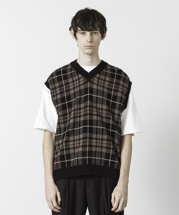 High Twist Jacquard Check Knit Vest - BLACK