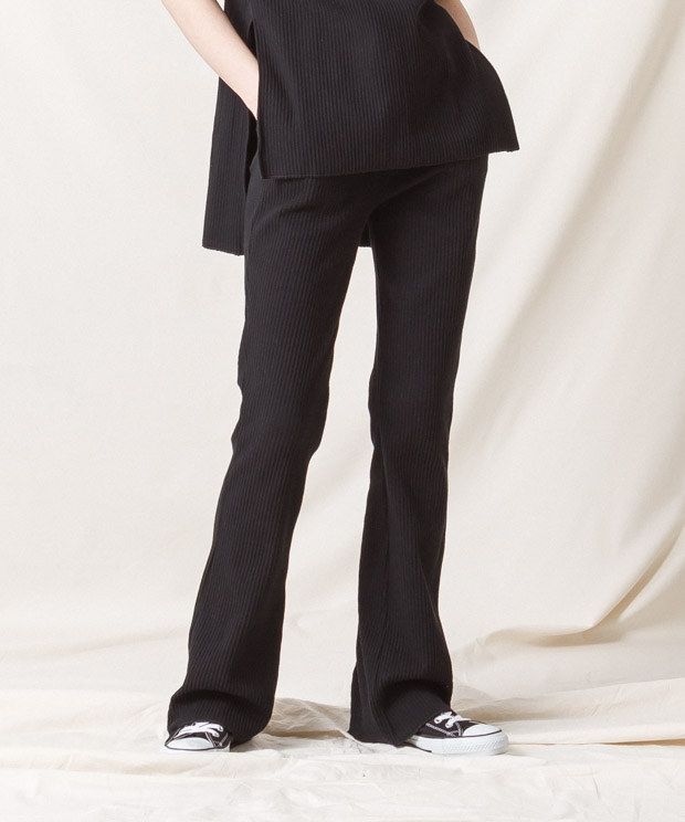 Ribbed Pleated Flare Pants - BLACK