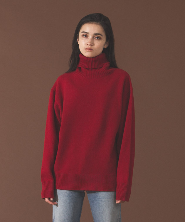 Lambswool Turtleneck Knit - RED