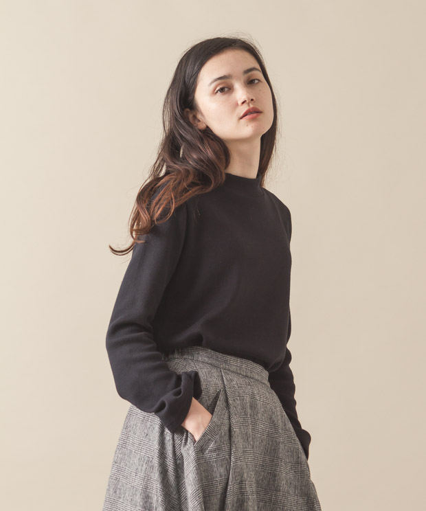 Bell Sleeves High-Neck Pullover - BLACK