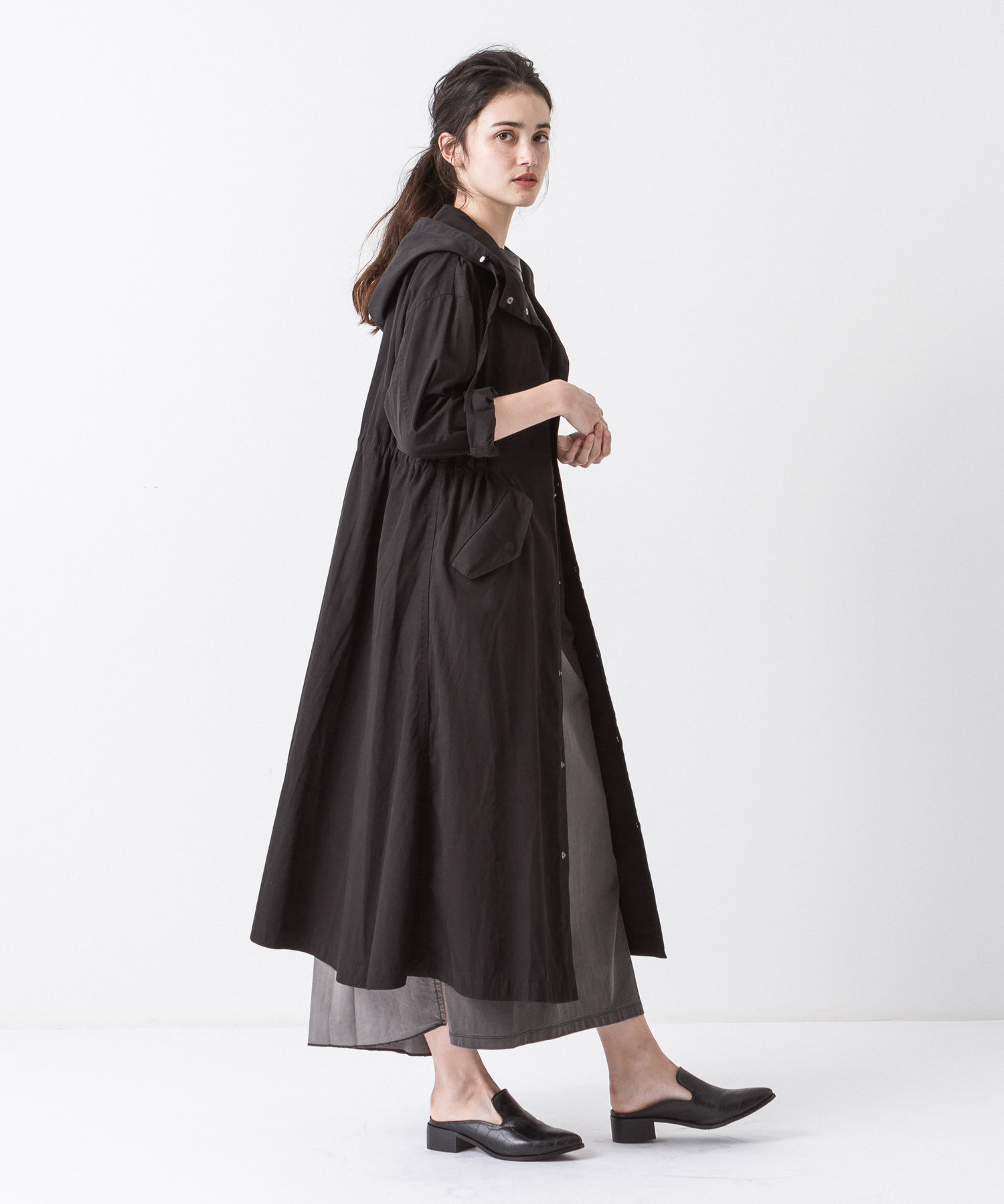 Tussah Hooded Coat - BLACK