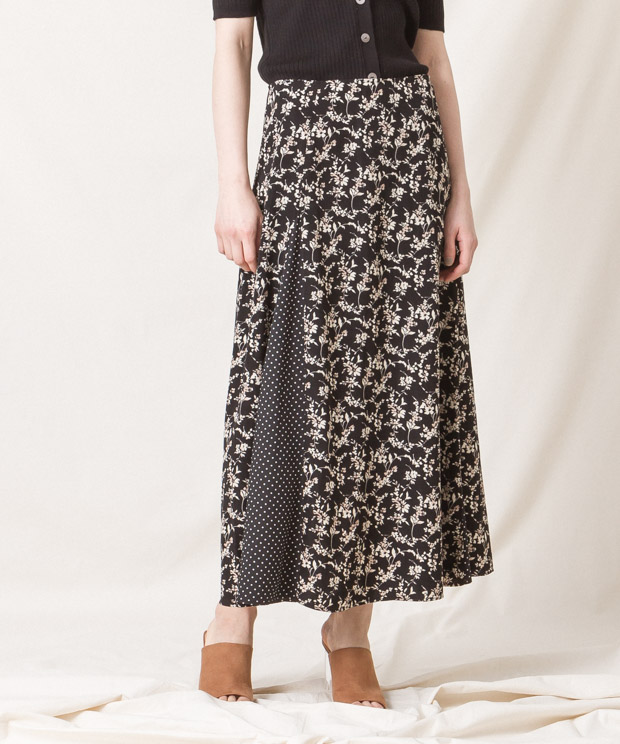 Flowers/Dots Flare Skirt - BLACK