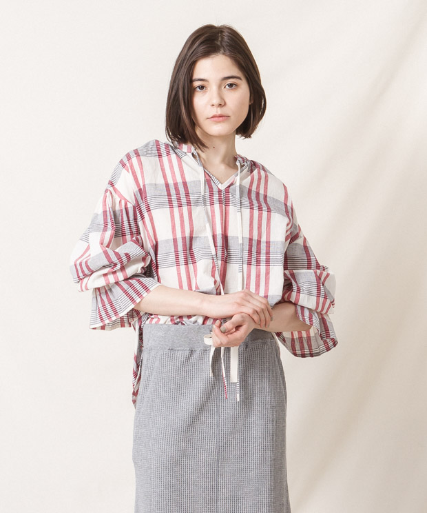 Madras Check Gathered Blouse (EXCLUSIVE) - WHITE