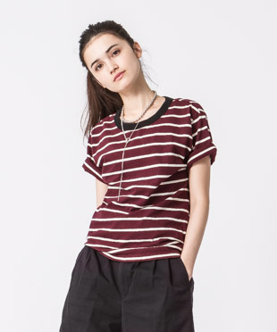 Back Design Border T-Shirt - BURGUNDY