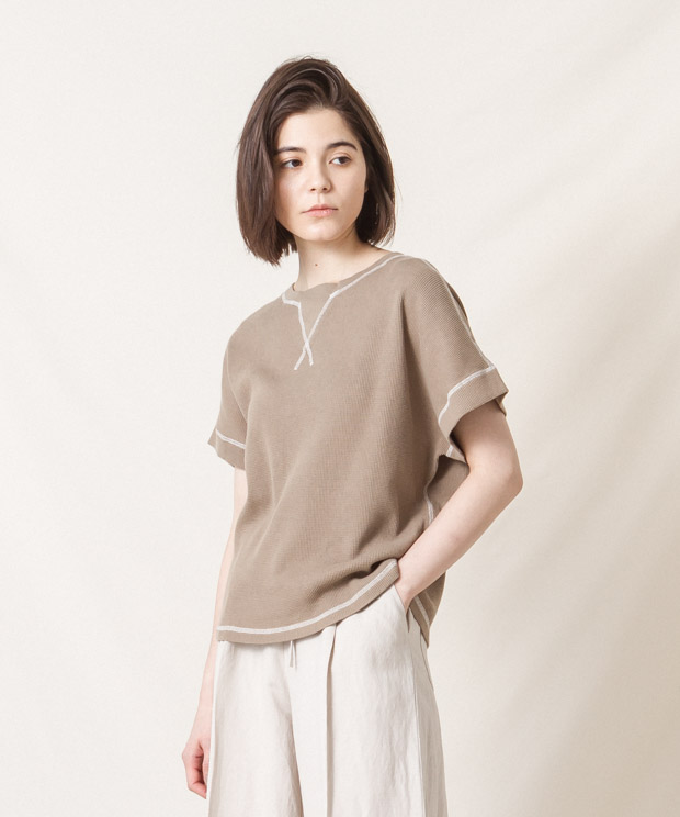 Loose Silhouette Waffle T-Shirt - BEIGE