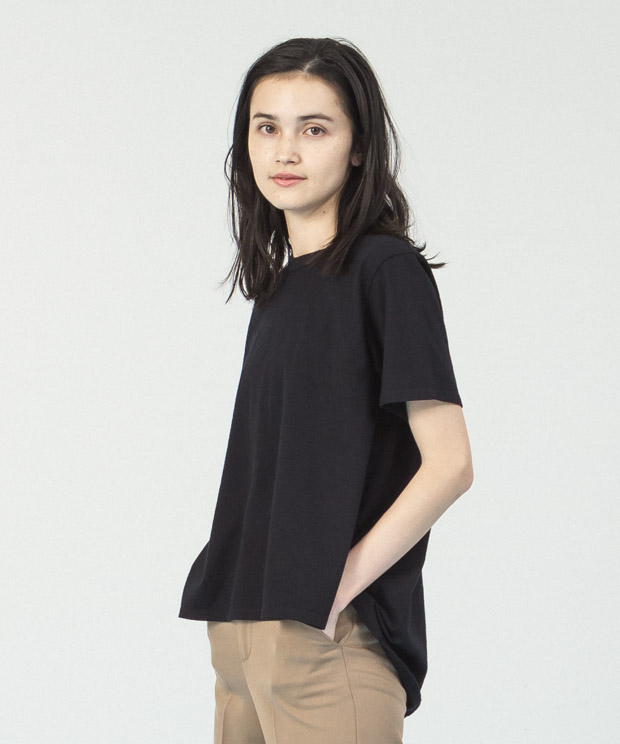Back Flare Crewneck T-Shirt  - BLACK