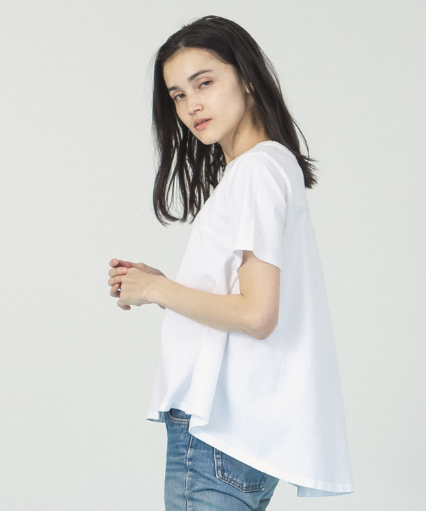 Back Flare Crewneck T-Shirt  - WHITE